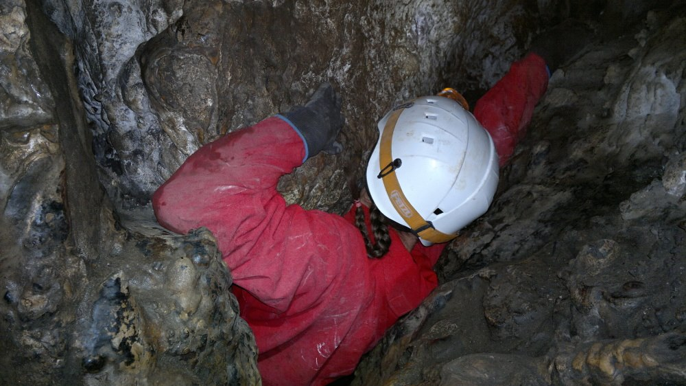 jaskinia-w-zielonej-gorze-2