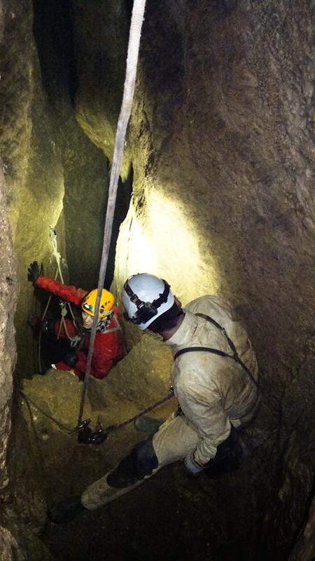 jaskinia-jozefa-studnia-kominowa