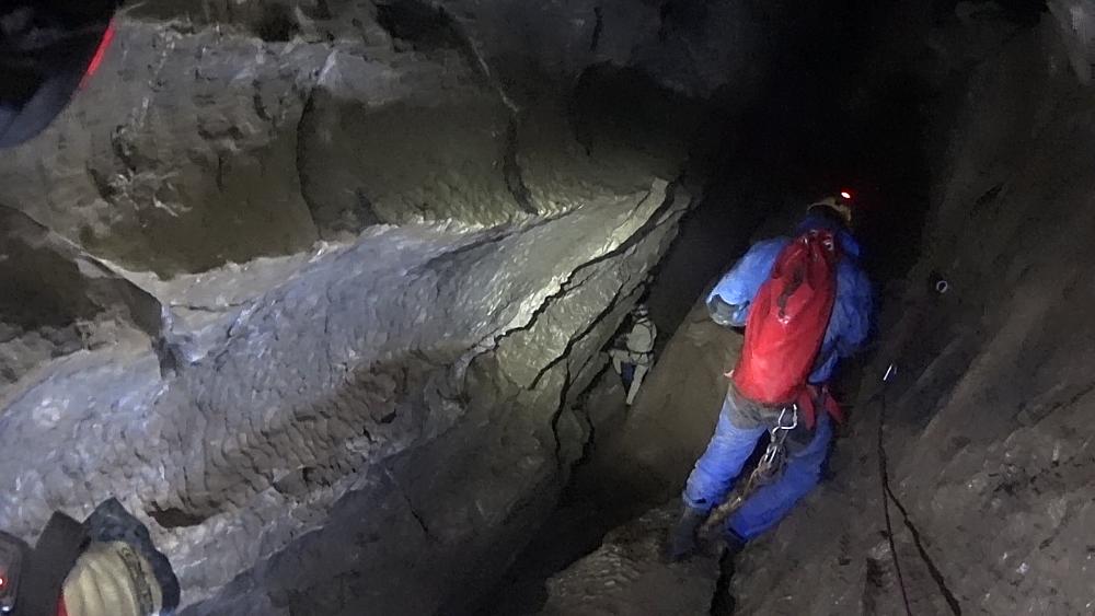 jaskinia-sniezna-6-wodociagi
