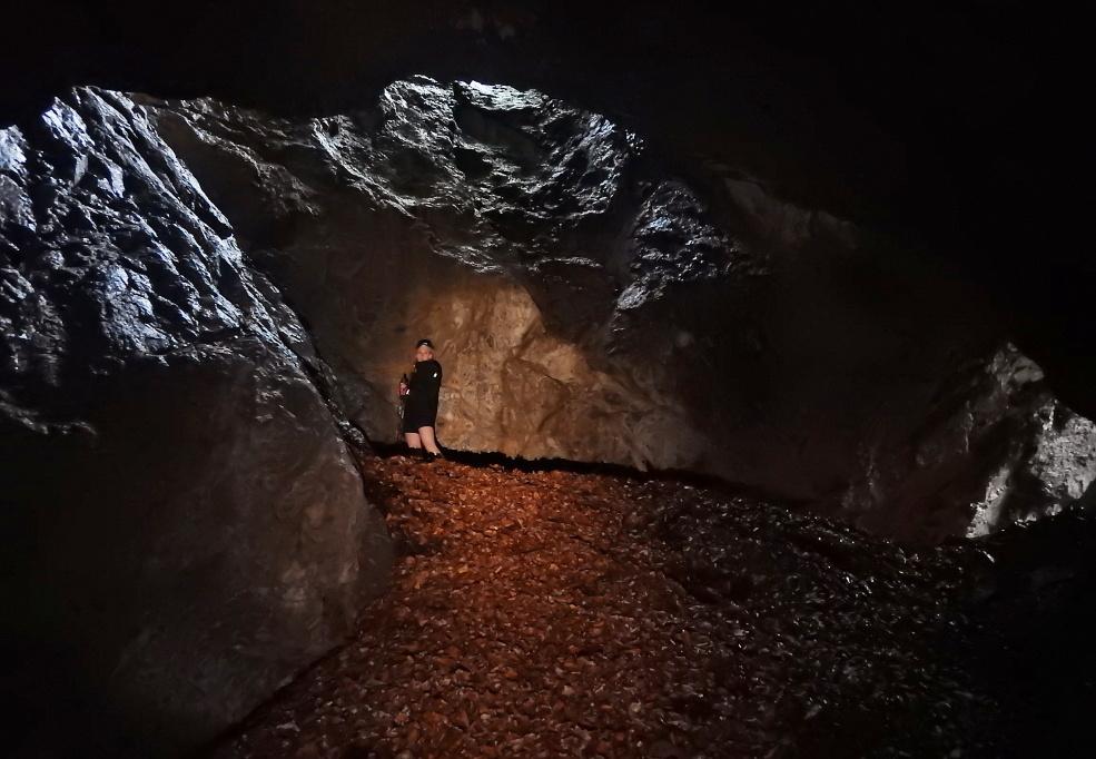 jaskinia_dziura_ku_dziurze_1