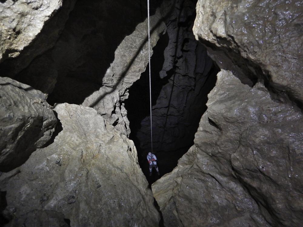 jaskinia-pod-wanta-litworowy-dzwon-26